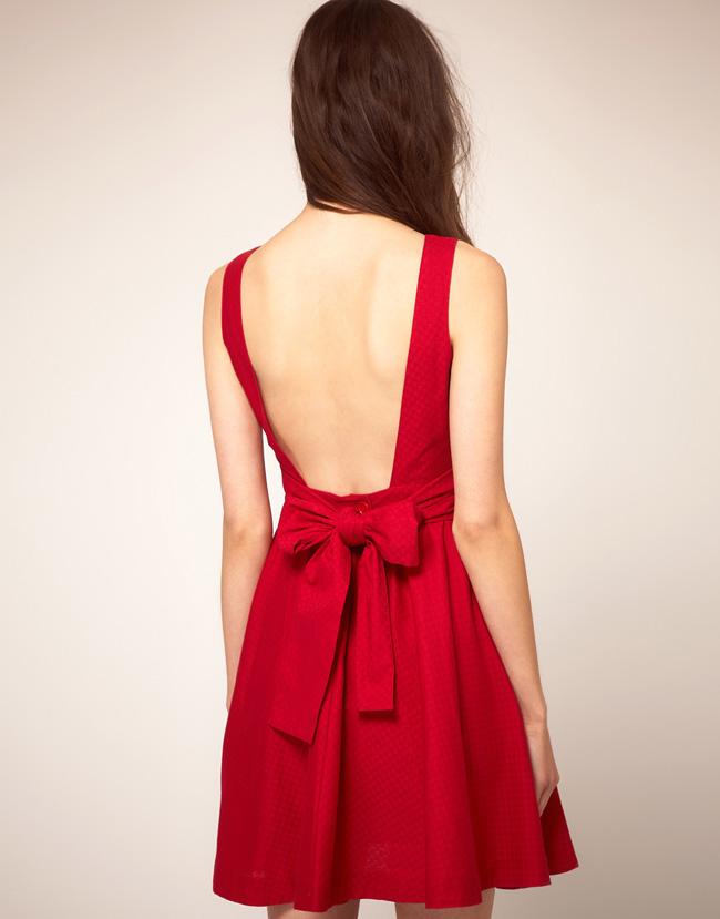 Resultado de imagen de vestidos con lazos grandes