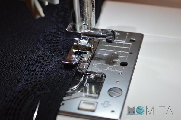 como-coser-encaje-camiseta