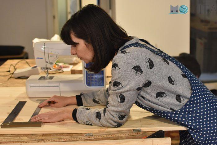 Tomar medidas para poner maquina de coser