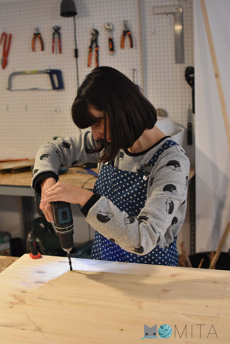 Hacer agujero para poner maquina de coser
