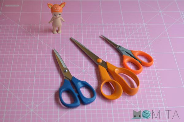 tijera cortar ropa