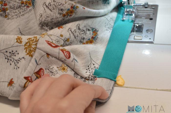 tapar costura cuello camiseta